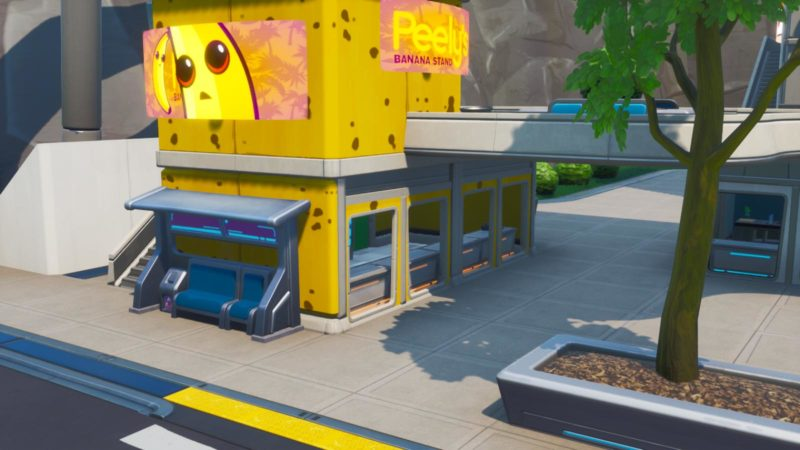 """43 800x450 - Можно получить, оказавшись в фруктовом магазине Банана с украшением на спине """"Банановый плащ"""" (Плата криптографии 43)"""